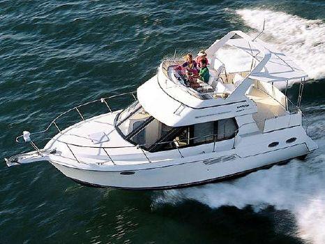 2000 Carver 326 Aft Cabin Motor Yacht Manufacturer Provided Image