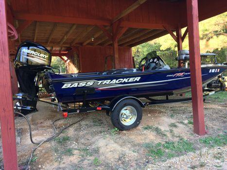 2015 Bass Tracker Pro175TF