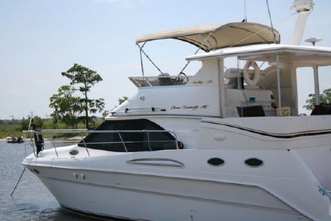 1997 Sea Ray Aft Cabin