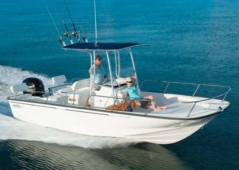 2017 Boston Whaler 210 Montauk Manufacturer Provided Image