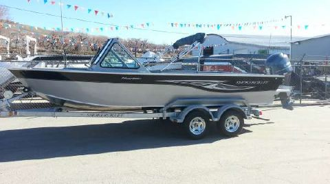 2015 Smoker-craft 202 OFFSHORE PHANTOM