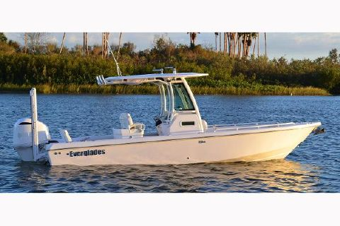 2018 EVERGLADES BOATS 253 Center Console