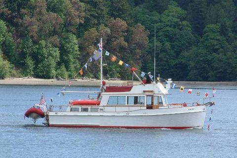 1970 Grand Banks Tri-cabin Trawler