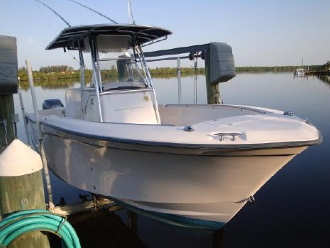 2003 Grady-White Chase 273 2003 Grady-White 273 Chase Center Console