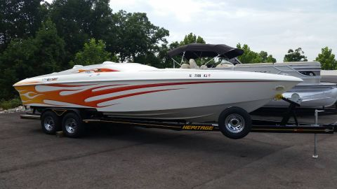 2005 Challenger Boats DDC 28