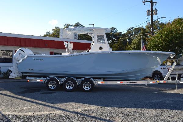 2017 Tidewater Boats 280 CC Custom