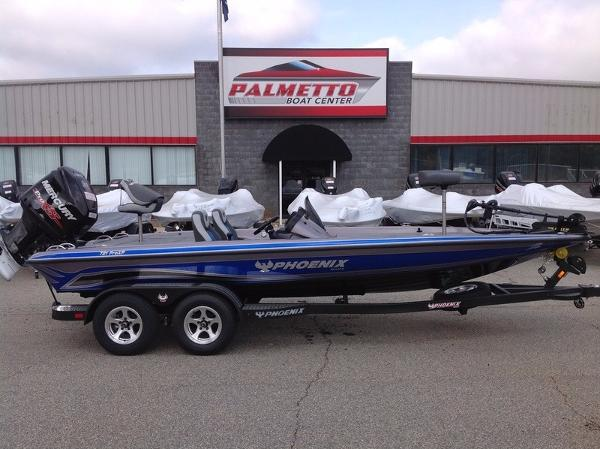 2017 Phoenix Bass Boats 721 ProXP