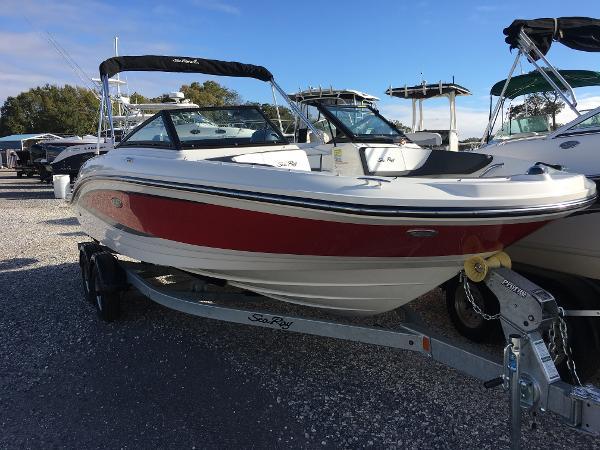 2017 Sea Ray 21 SPX OB