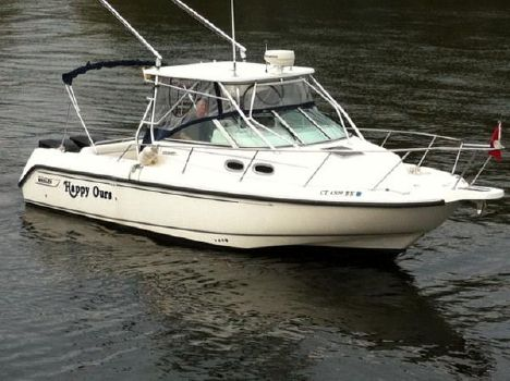 2002 Boston Whaler 295 Conquest HAPPY OURS