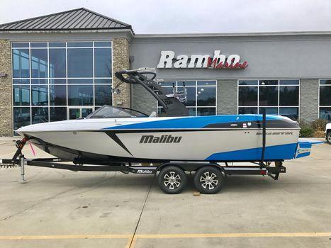 2017 Malibu Boats LLC 25 LSV