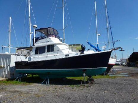 1990 Cape Dory 33 Convertible