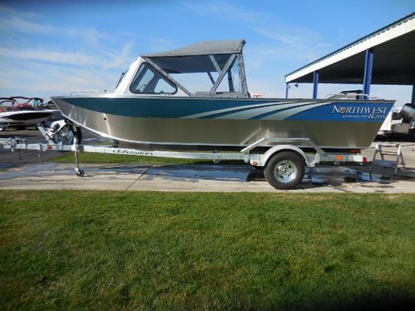 2017 NORTHWEST BOATS 207 Compass