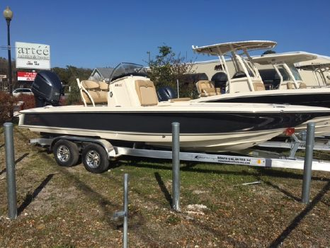 2017 Scout Boat Company 231 XS