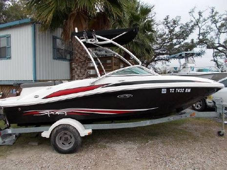 2011 Sea Ray 185 Bow Rider