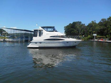 2000 Carver Sport Yacht 396 Motor Yacht