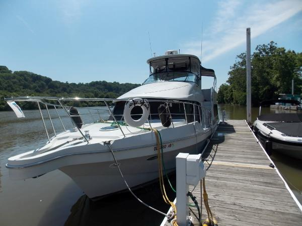 1998 Bluewater Yachts 510