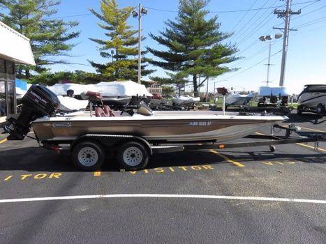 1995 Champion Boats 202 Dcx
