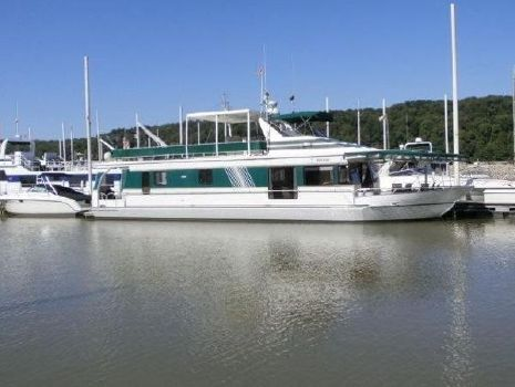 1996 Monticello River Yacht 70