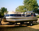 2014 SUN TRACKER 20 DLX Party Barge