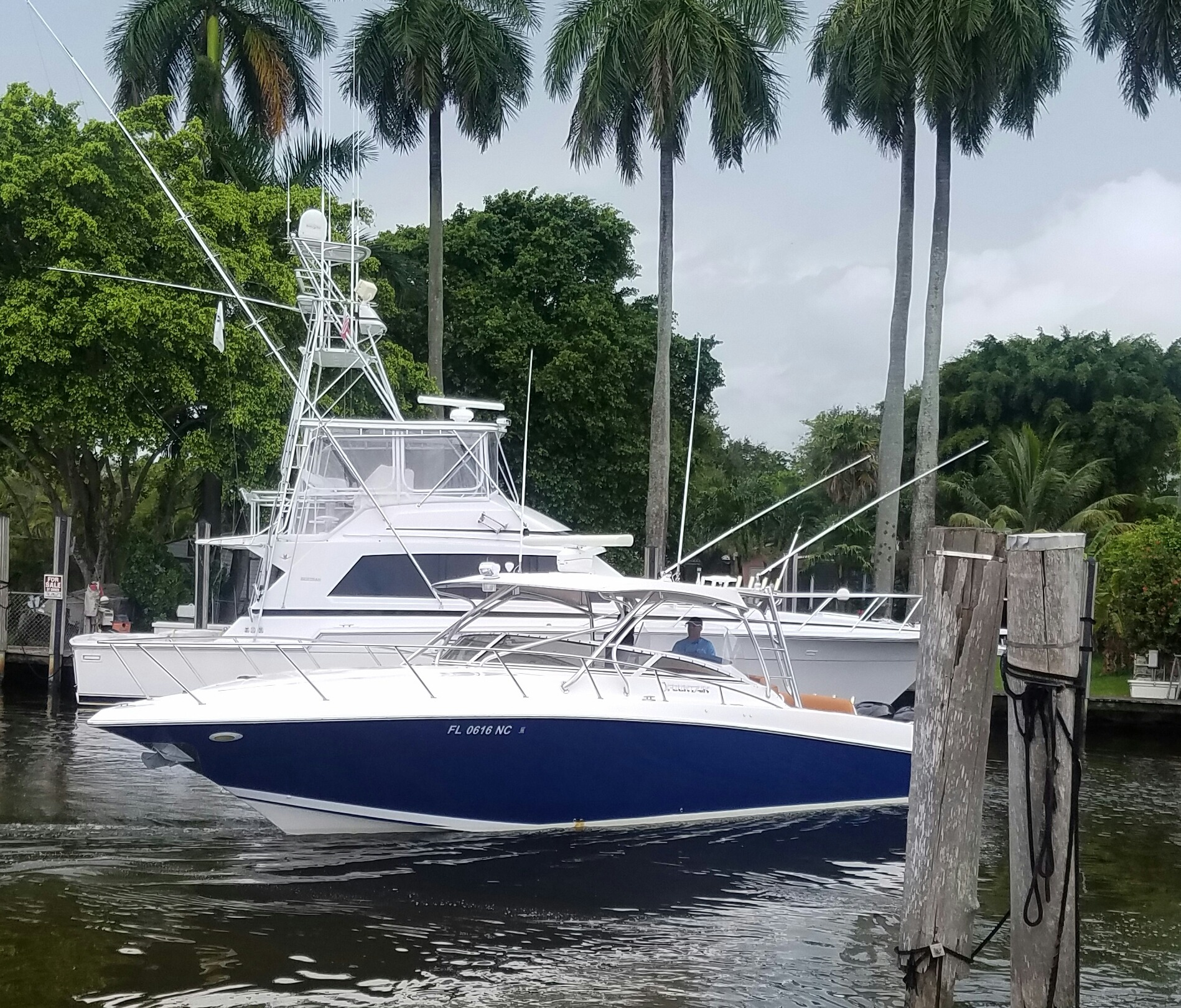 Check out this 2006 FOUNTAIN 38 LX Luxury Edition on Boattrader com