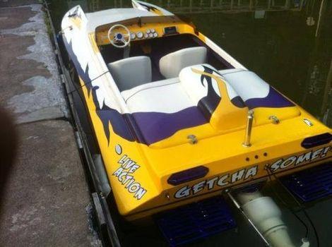 2002 Liberator 21 TJ Tunnel Hull Jet Boat