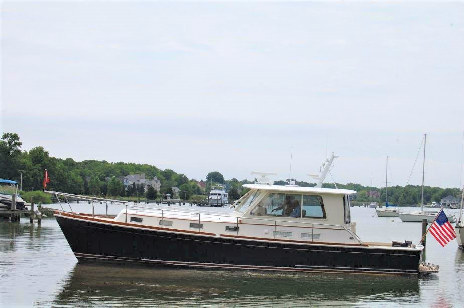 2002 Grand Banks Eastbay Custom 43 HX 2002 Grand Banks Eastbay 43 BLUE HARMONY