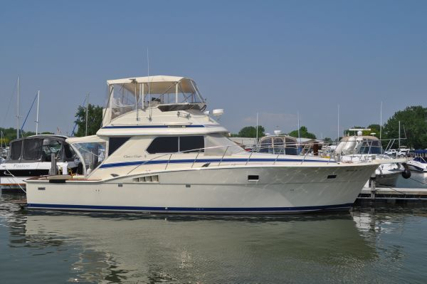 Used 1985 Chris Craft 422 Commander Port Clinton Oh