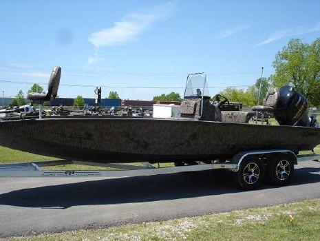 2016 Xpress H24 Bay Boat Camo Xpress H24 Bay Boat Camo