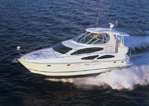 2006 Cruisers Yachts 415 Express Motoryacht Manufacturer Provided Image