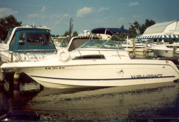 1996 Wellcraft Coastal 264