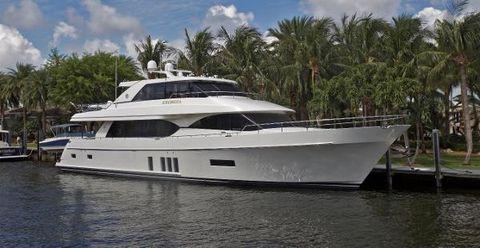 2016 Ocean Alexander 90 Motor Yacht Profile
