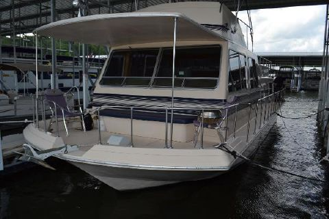 1989 Holiday Mansion 43' Houseboat