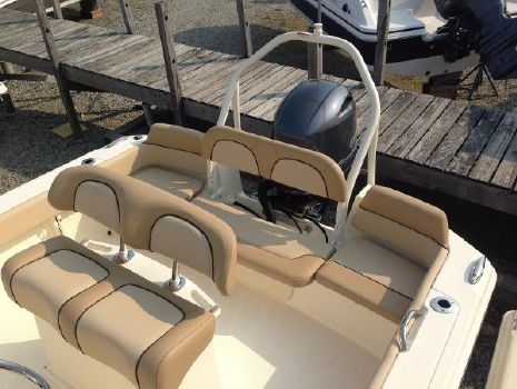 2016 Scout Boats 195 Sportfish Optional Ski Tow and Stern Fold Down Seat