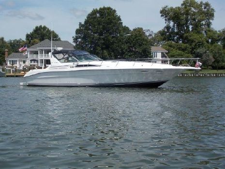 1993 Sea Ray 400 Express Cruiser Starboard Profile