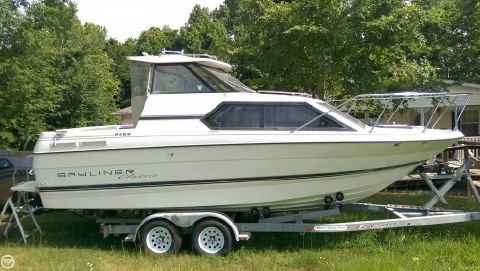 1995 Bayliner 2452 Classic 1995 Bayliner 2452 Classic for sale in Burlington, NC