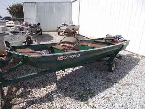 1980 Duracraft 16FT JONBOAT