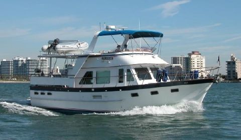 1987 De Fever Offshore Cruiser 44' DeFever underway