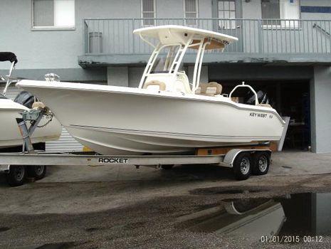2016 Key West 239 FS w 350 HP Verado