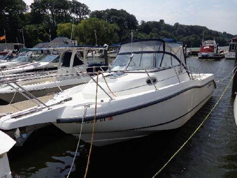 2003 Boston Whaler 255 Conquest