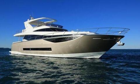2015 Prestige 750 Motor Yacht
