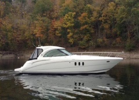 2008 Cruisers Yachts 390 Sports Cruiser