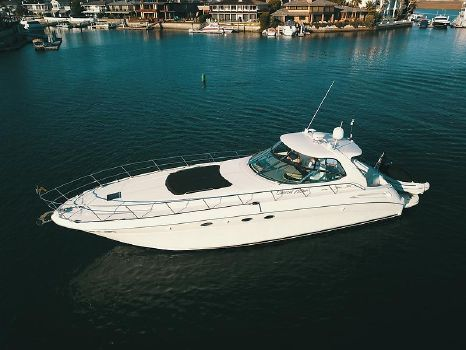 2000 Sea Ray 510 Sundancer Port Side Overview