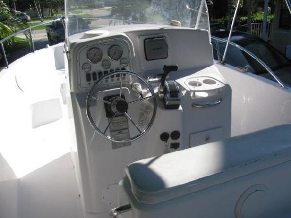 2006 Pro Line 23 Foot 2006 Pro Line Motor Boat In East