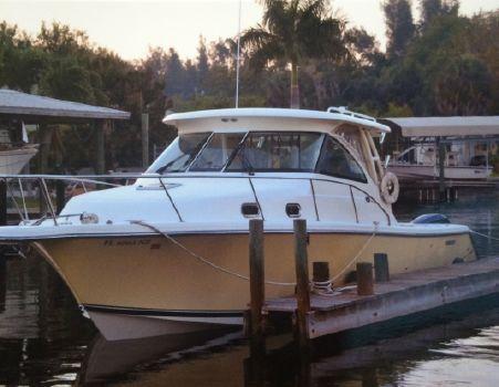 2010 Pursuit 345 Offshore