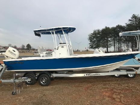 2018 SEA-PRO 248 DLX Bay Series