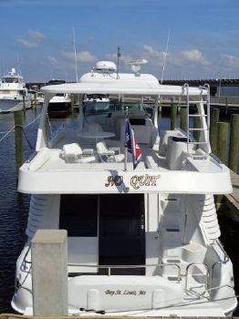 2003 Blue Water 5800 At Dock