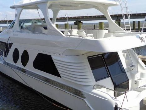 2003 Bluewater 5800 Port View
