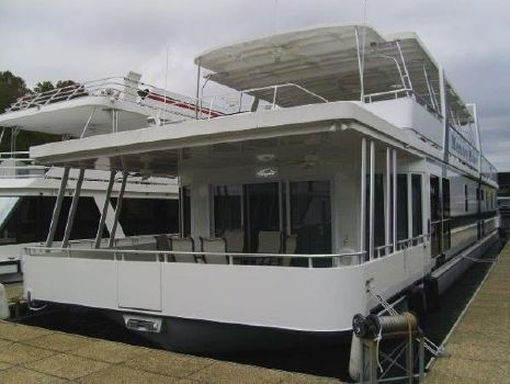 2016 Custom Thoroughbred houseboat