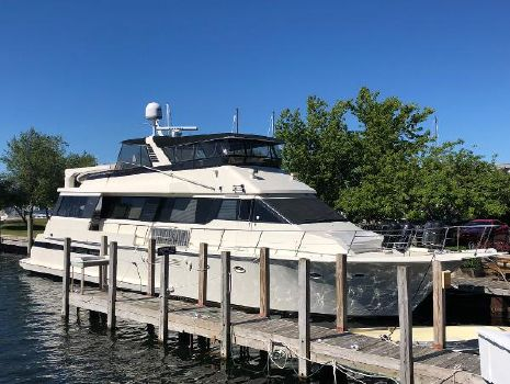 1990 Viking 72 Motor Yacht Main Profile