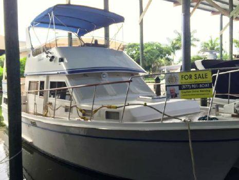 1984 Marine Trader LaBelle 40 Sundeck Motor Yacht